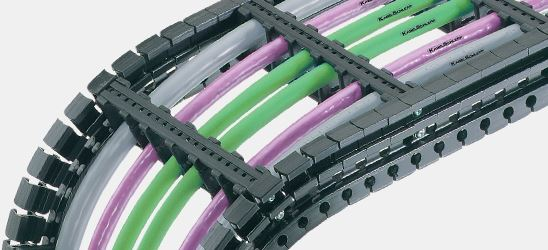 Quantom lightweight hose and cable carrier from Kabelschlepp Canada.